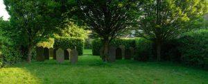 De Joodse begraafplaats in Zierikzee met de grafsteen van Regina Gras. Foto J. Kroesen.
