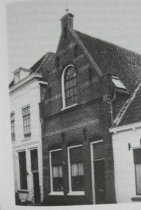 De voormalige synagoge aan de Meelstraat 55 in 1962. Rijksdienst voor het Cultureel Erfgoed, foto G.J. Dukker.