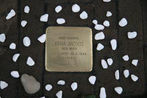 Irma Jacobs steen